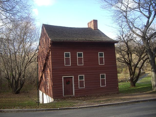 Vorleezer-house-staten-island-museum-historic-richmond-town-oldest-schoolhouse