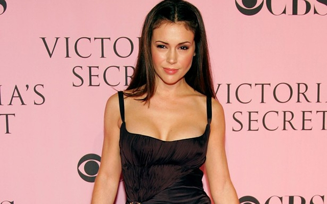 Alyssa-Milano-Staten-Island-Great-Kills